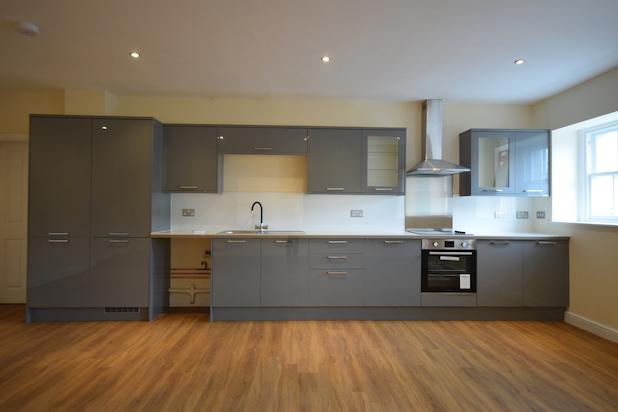 Elite Somerset House Apartment